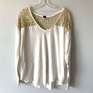 Free People | White Long Sleeve Cutout V-Neck Tee